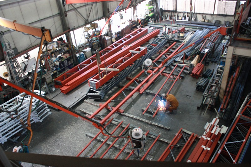 鉄骨製作工場の様子